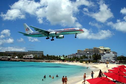 Landing approach to Princess Juliana International Airport on Sint Maarten